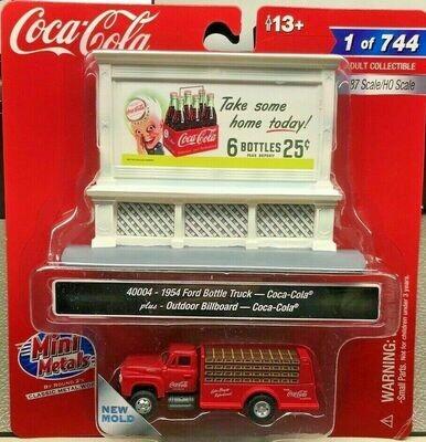 Classic Metal Works 1954 Ford Bottle Truck & 1950's Billboard (Coca-Cola) 1:87