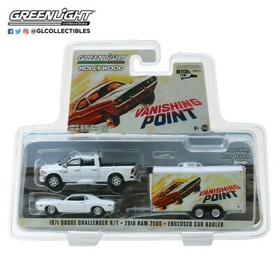 Greenlight - Hitch & Tow Series 6   2018 Ram 2500 with 1970 Dodge Challenger R/T in Enclosed Car Hauler - Vanishing Point (1971)