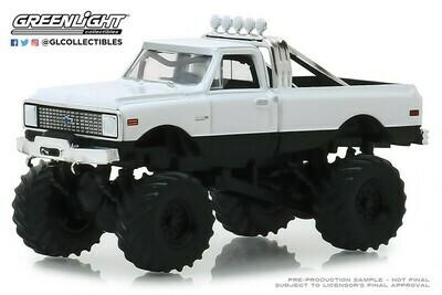 Greenlight - Kings of Crunch  - 1-64 Kings of Crunch 3 - 1972 Chevy K-10 Monster Truck - White K-10