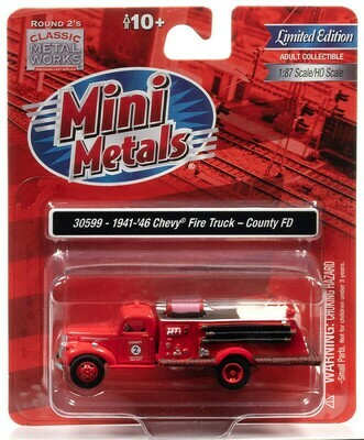 Classic Metal Works - 1941-46 Chevy Fire Truck County Fire Department - 1:87 HO Scale