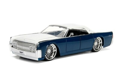 Lincoln Continental Hard Top (1963, 1/24 scale diecast model (Slvr/Blue)