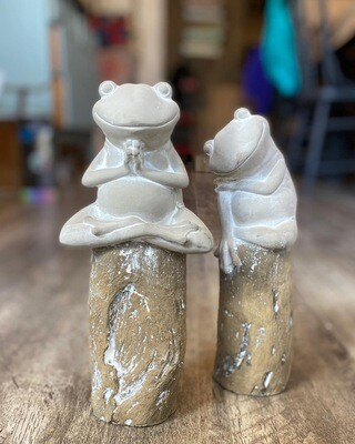 Cement Frogs - Set of 2