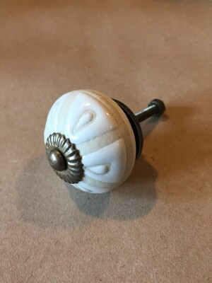 Knob - White with Beige Accents