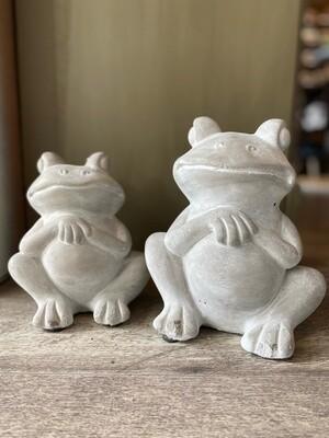 Cement Garden Frogs