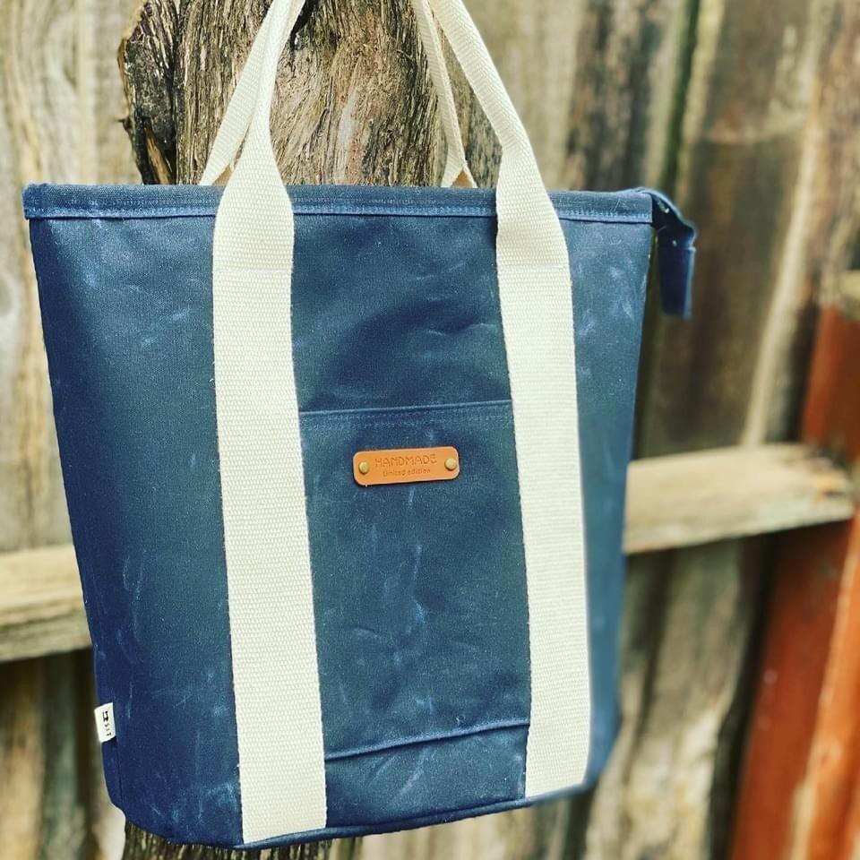 Buckthorn Tote Bag - Dark Blue