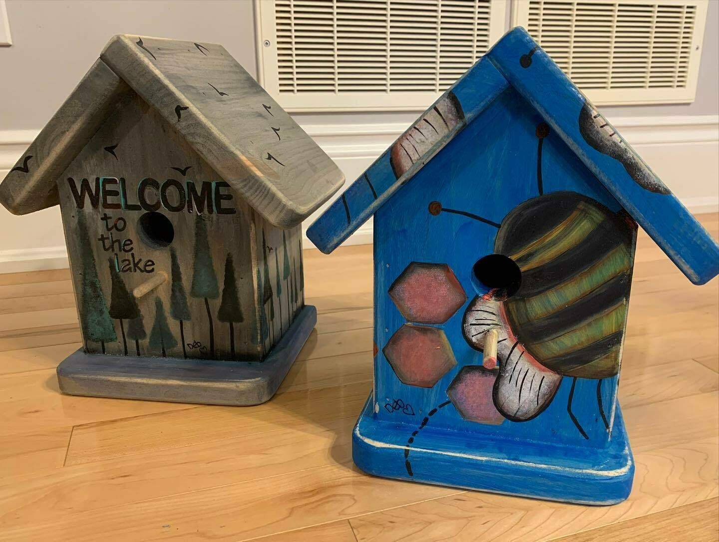 Blue Bumble Bee Birdhouse (with post attachment)