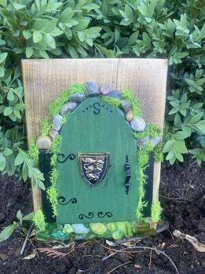 Fairy Door - Green with Crest