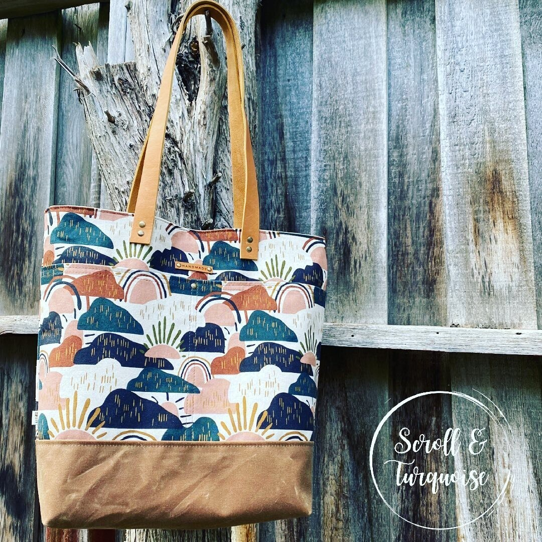 Wool and Wax Tote Bag with Leather Handles - Mountains
