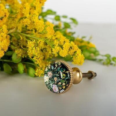 Knob - Field Flowers