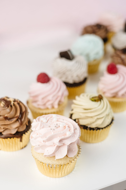 6 Cupcakes