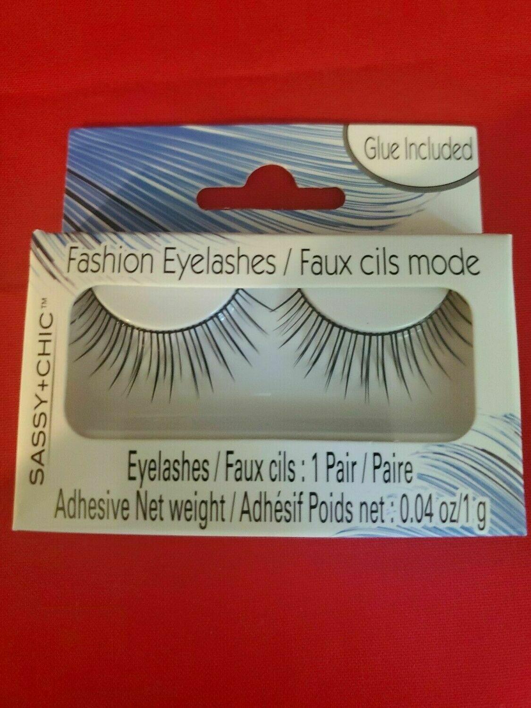 Fashion Eyelash (Glue Included)