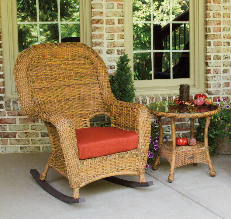 Sea Pine Wicker Mojave Rocker Chair With Side Table