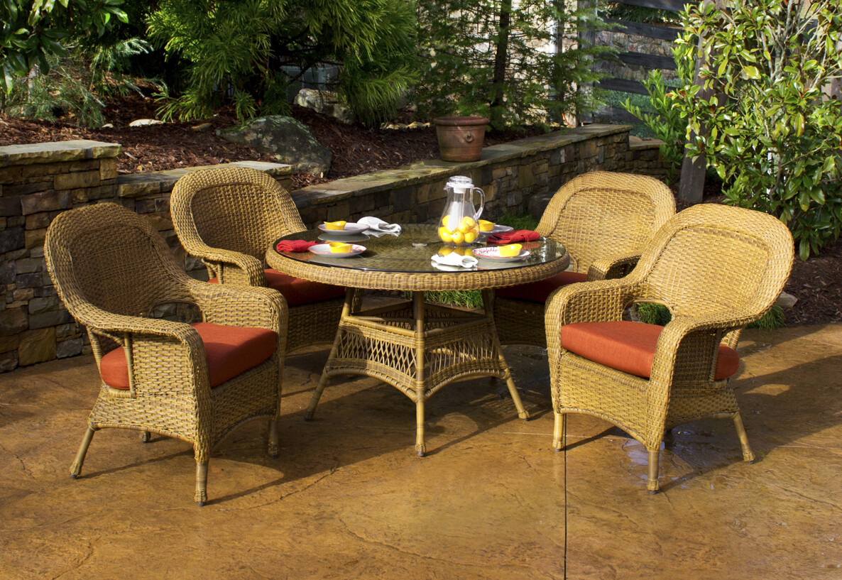 Sea Pine Mojave Wicker 5 Piece Dining Set 4 Chairs With Glass Table