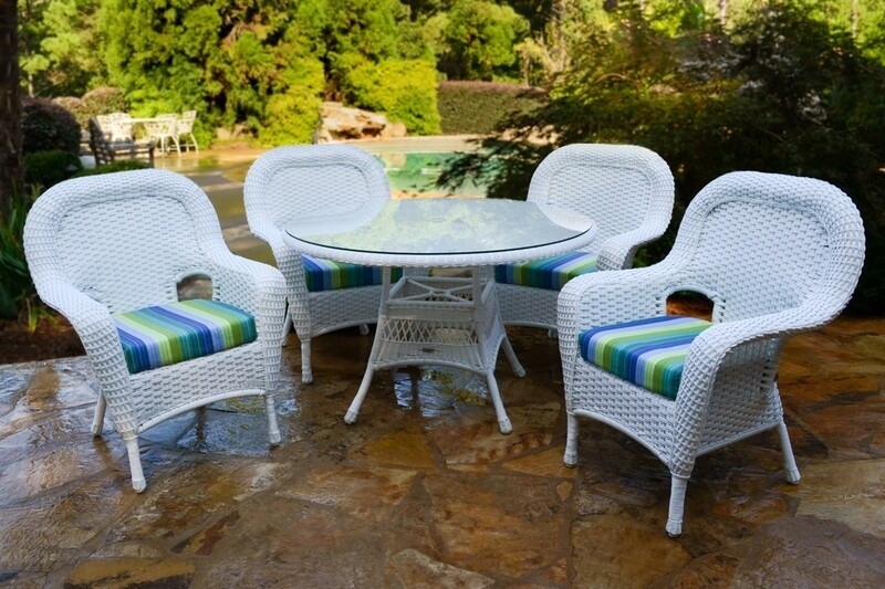 Sea Pine White or Driftwood Wicker 5 Piece Dining Set 4 Chairs With Glass Table