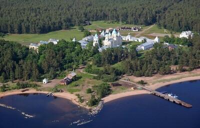 Круиз по Ладожскому и Онежскому озёрам на Luxure яхте из Санкт-Петербурга, 7 дней