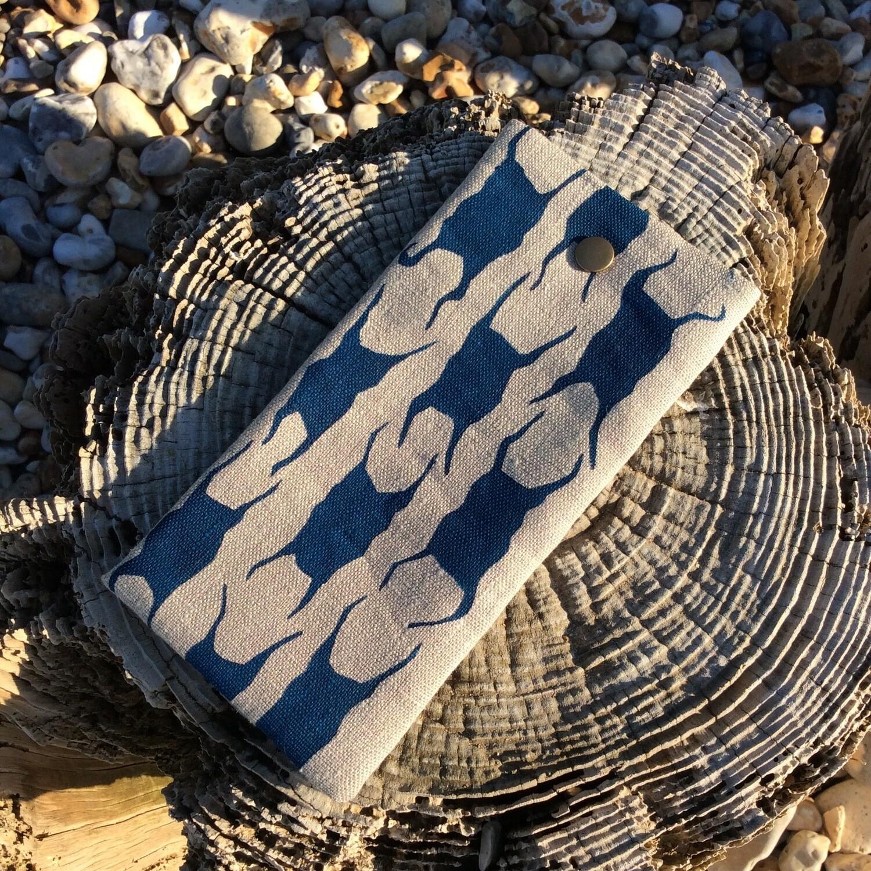 'Mermaids Purse' Glasses Case - Ink Blue
