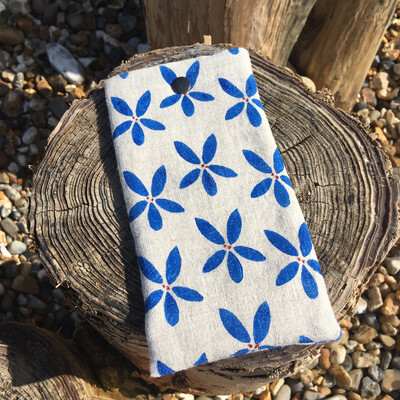 'Sandflower' Glasses Case - Blue