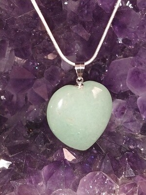 GREEN AVENTURINE HEART LARGE PENDANT WITH STERLING SILVER CHAIN