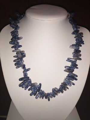 SODALITE CHUNKY CHIP NECKLACE