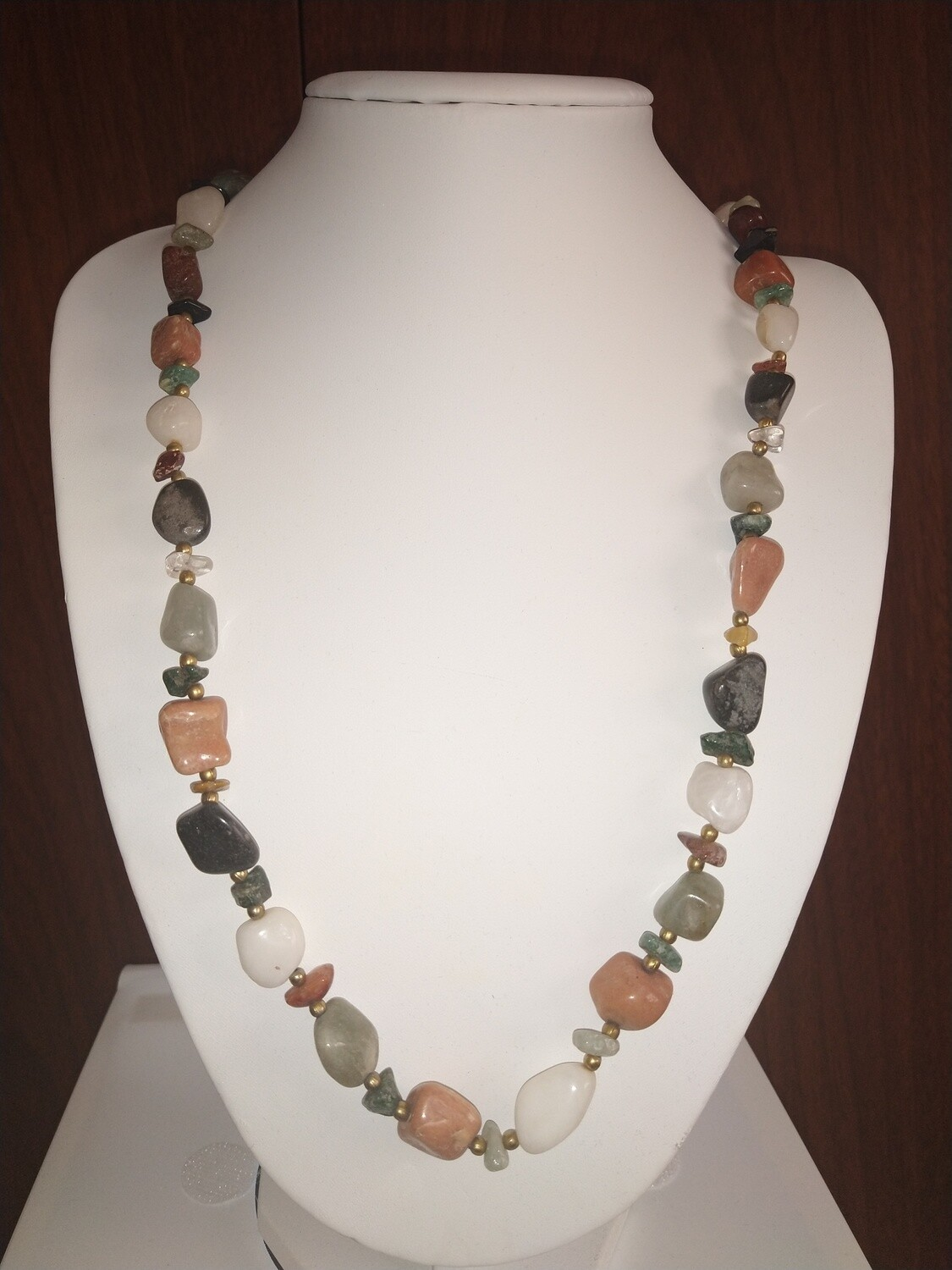 MIXED ASSORTED STONES *PREOWNED