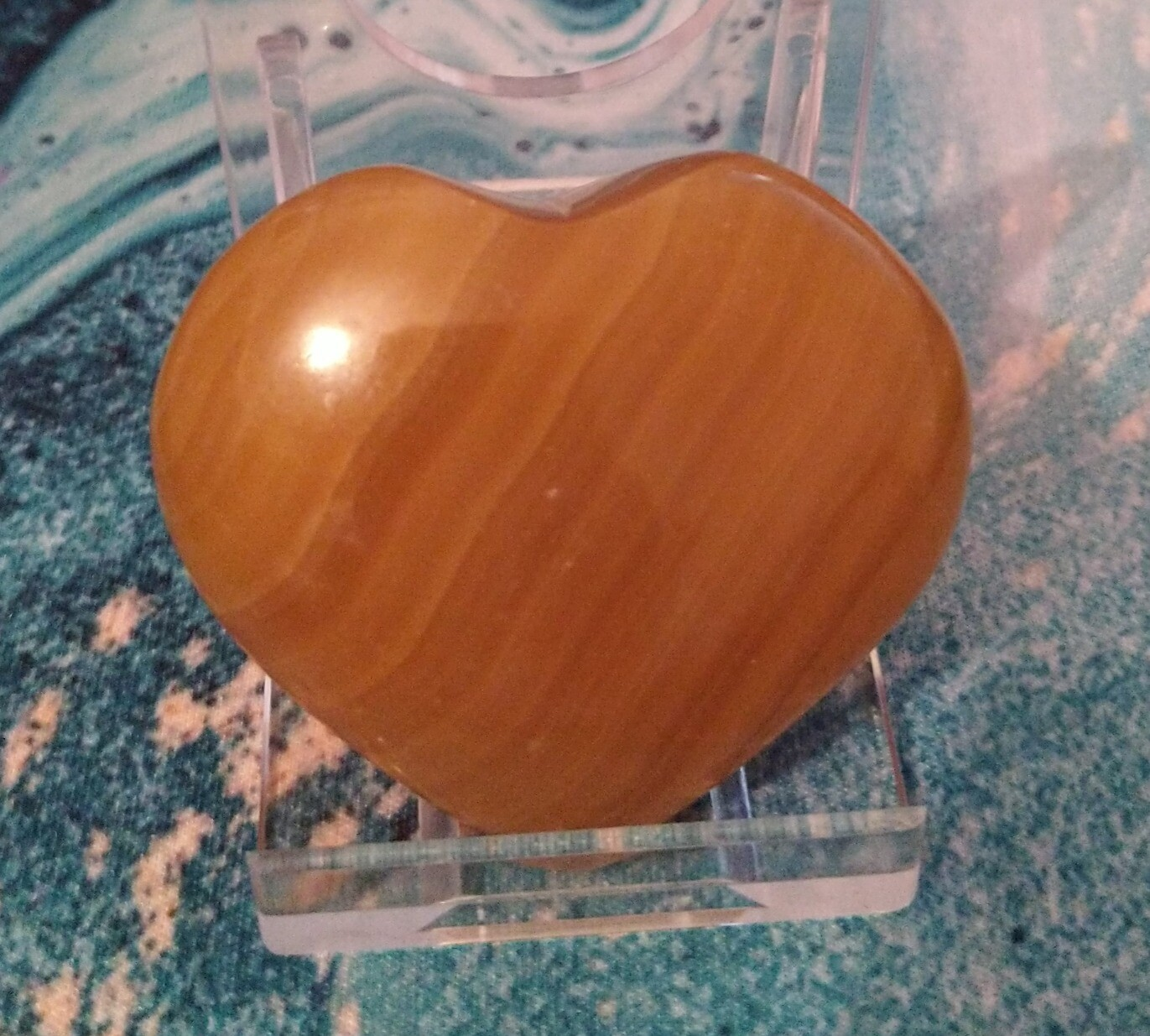 INDIAN HONEY CALCITE HEART WITH STAND 2