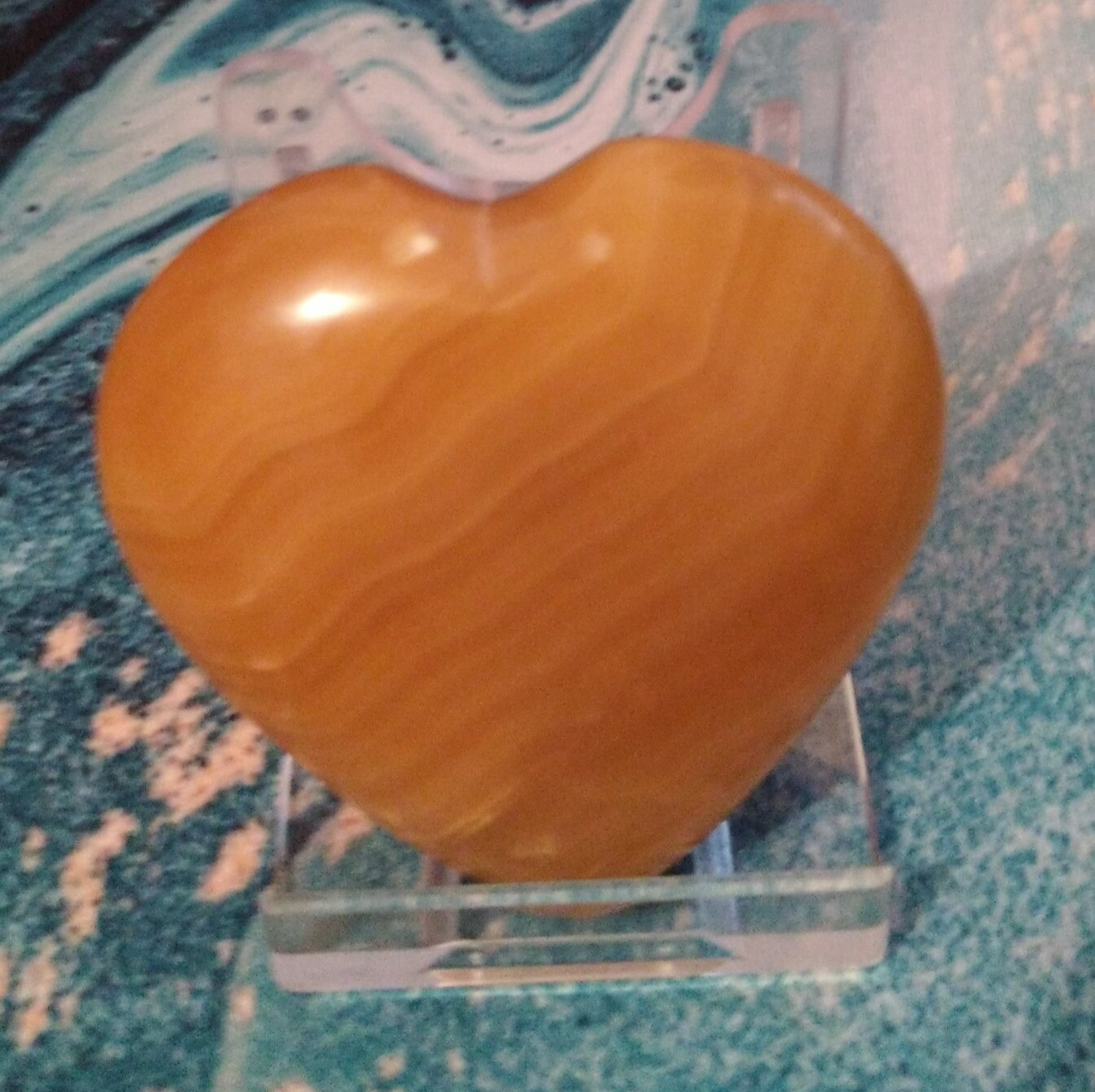 INDIAN HONEY CALCITE HEART WITH STAND 4