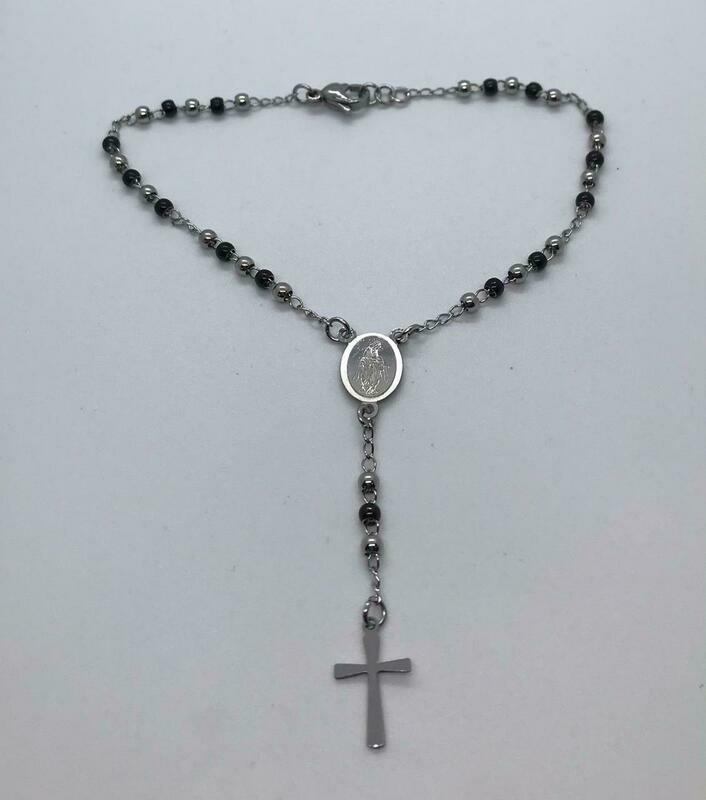 Denario  de Acero Plateado con Negro - Cruz y Virgen