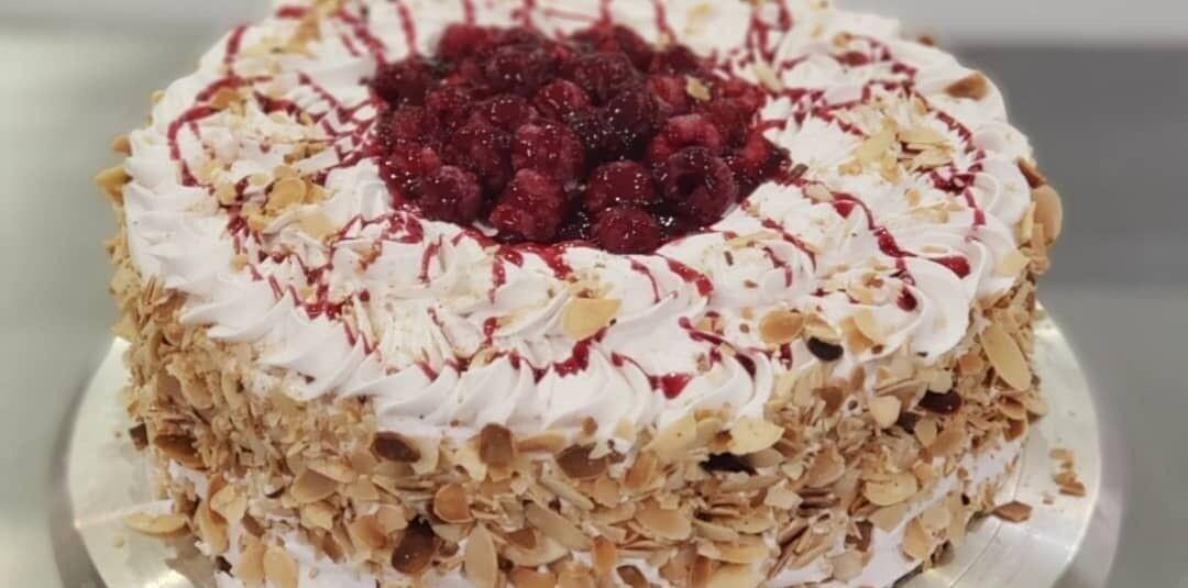 "Raspberry Chantilly Cake 10"""