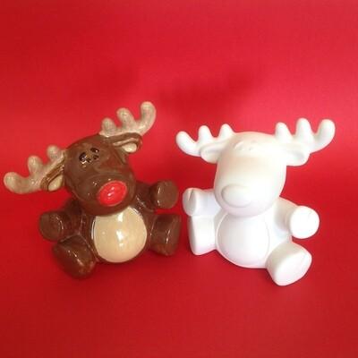 Reindeer figure - medium