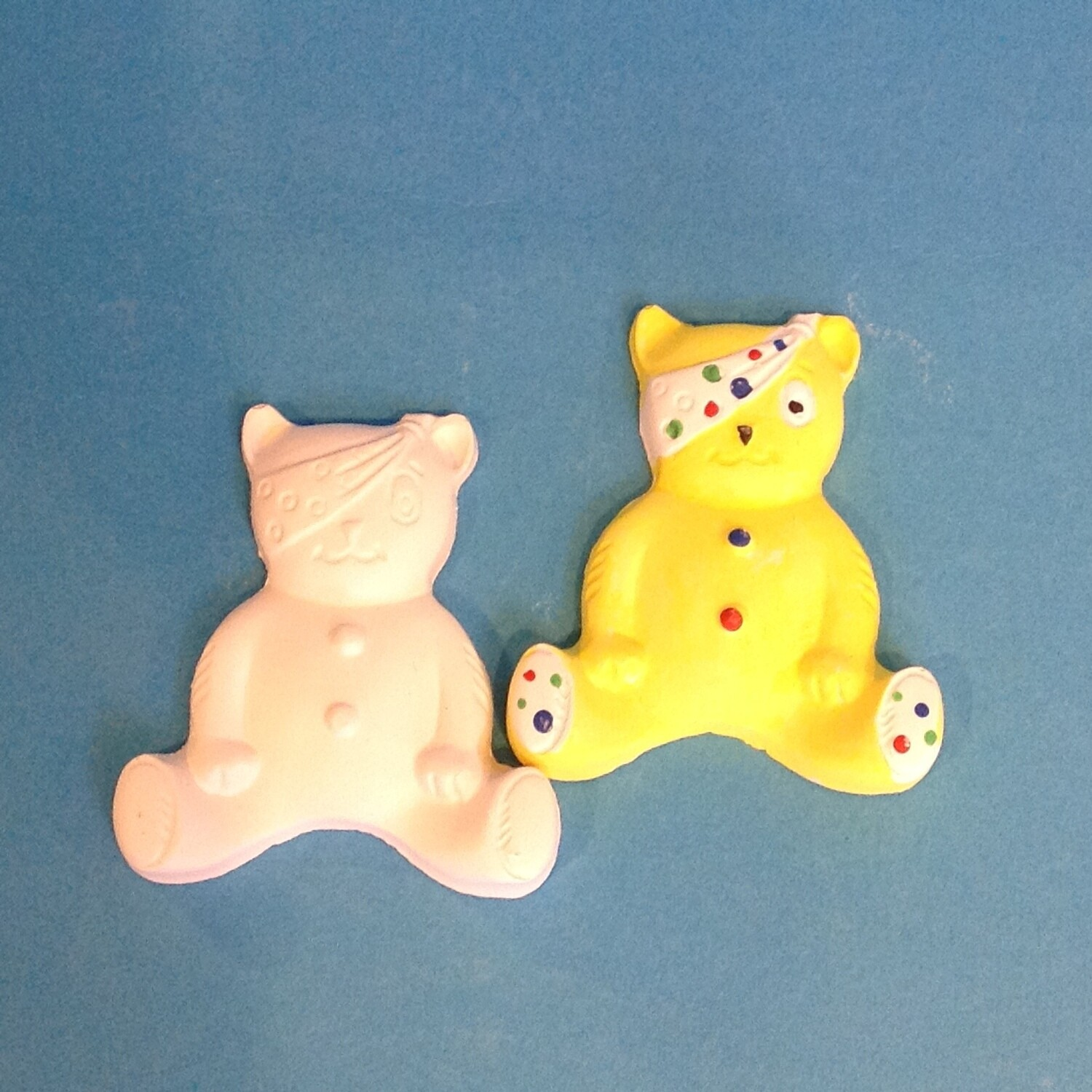 Pudsey, small plaster of paris, unpainted (100% to CiN)