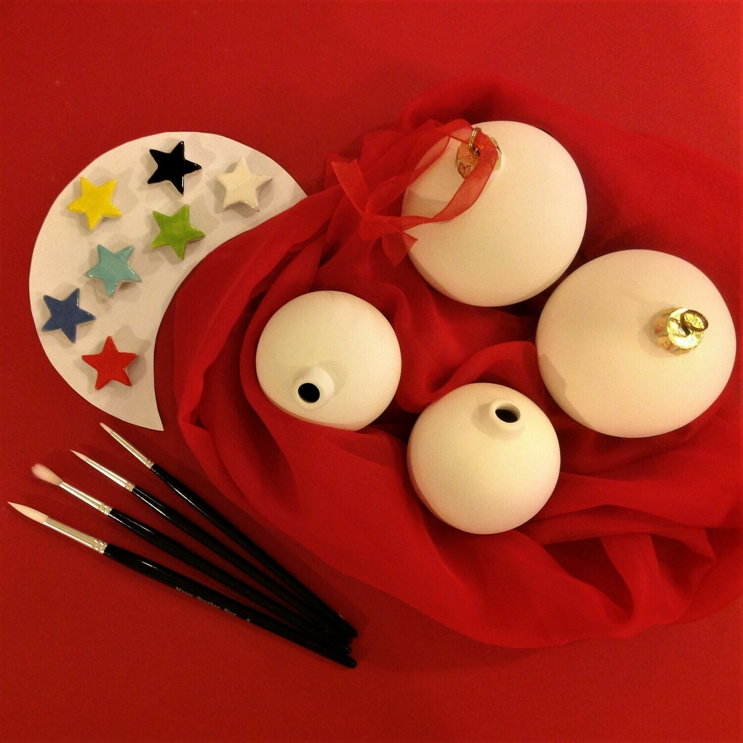 4 Baubles - 2 large and 2 small, glazes and brushes