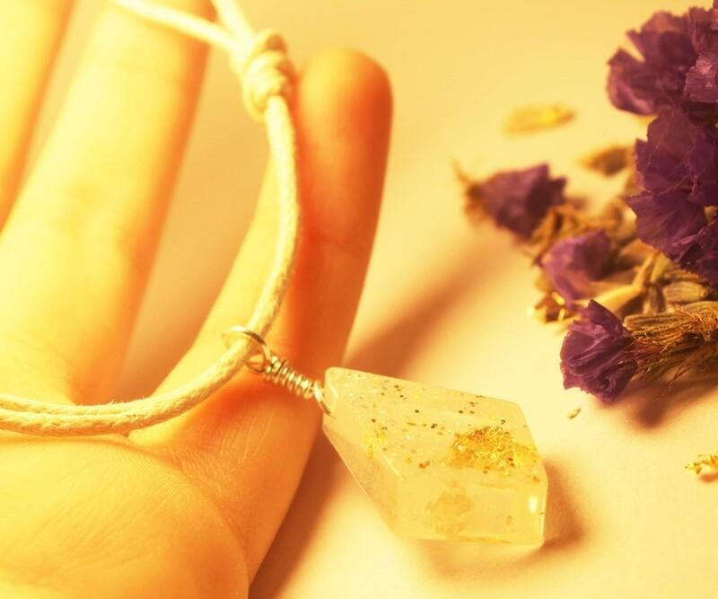 Angelic Gold Leaf Bracelet