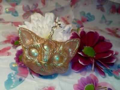 Third Eye Kitty Pearl Keyring