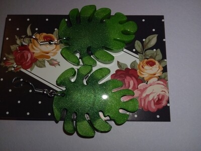 Green Leaf Metallic Earrings