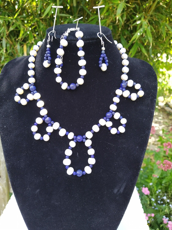 Fresh water pearls with lapis lazuli set