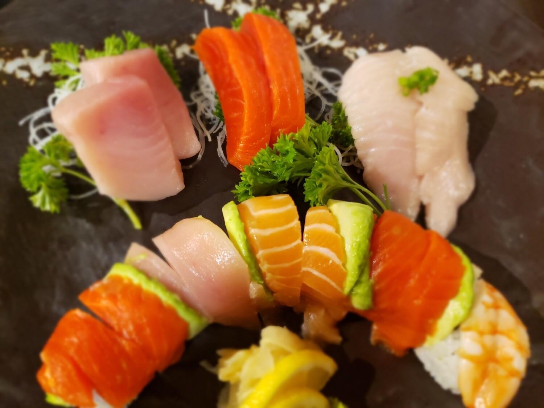 Rainbow Sashimi Combo