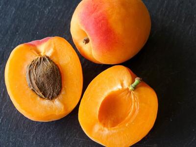 Abricot (le kg)