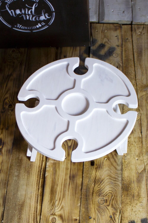 Винный столик из дерева белый