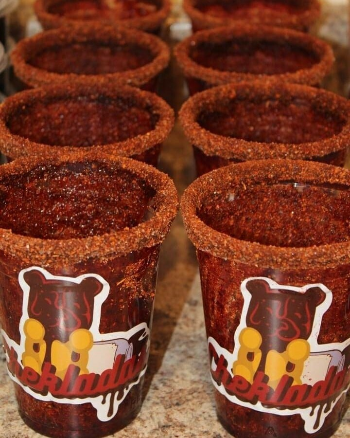 Cheklada Cups