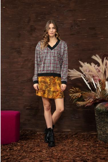 Short skirt in winter jungle print