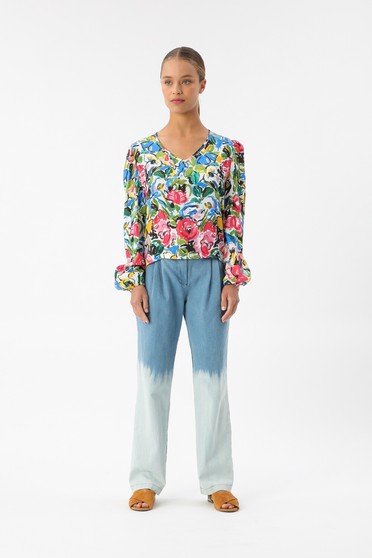 Viscose blouse in cartoon flower print