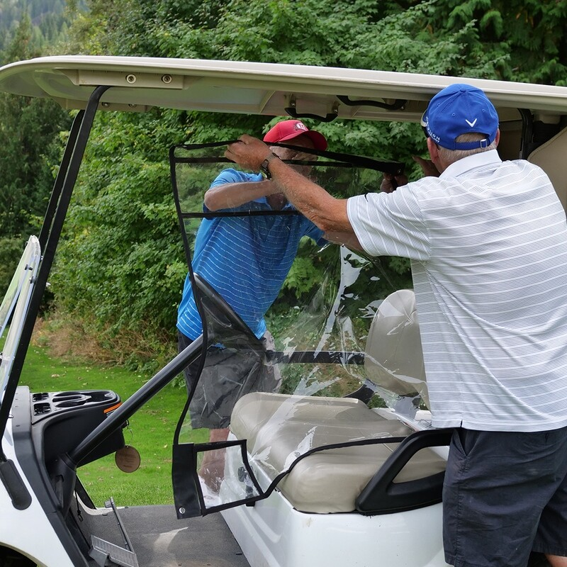 The Safetivity Distancing Golf Shield