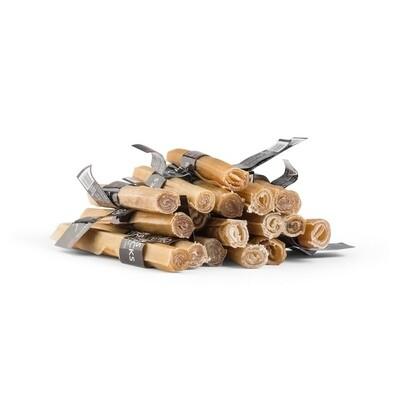 Olivers Chew Sticks SMALL (džiovintos jautienos skanėstas) 1 vnt.