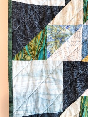 Gree-13 Lap Quilt