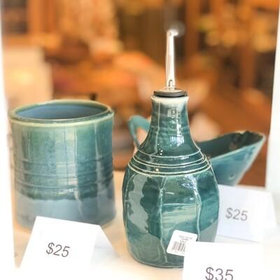 Yarn-123 Oil Carafe, Stoneware, 3.5
