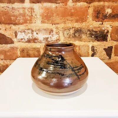Horn-162 Vase Tenmoku Glaze 6x4.5