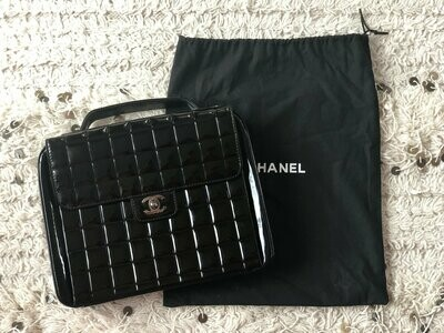 Vintage 90's CHANEL CC Turnlock Black Patent Leather Logo Quilted Crossbody Clutch Top Handle Satchel Bag Briefcase Purse - Great Cond!