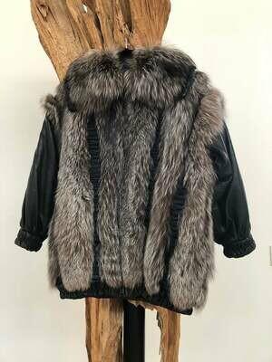 Vintage CHRISTIAN DIOR Black Leather Fox FUR Coat Jacket Luxury Details! Origami pleats - Wow!!!