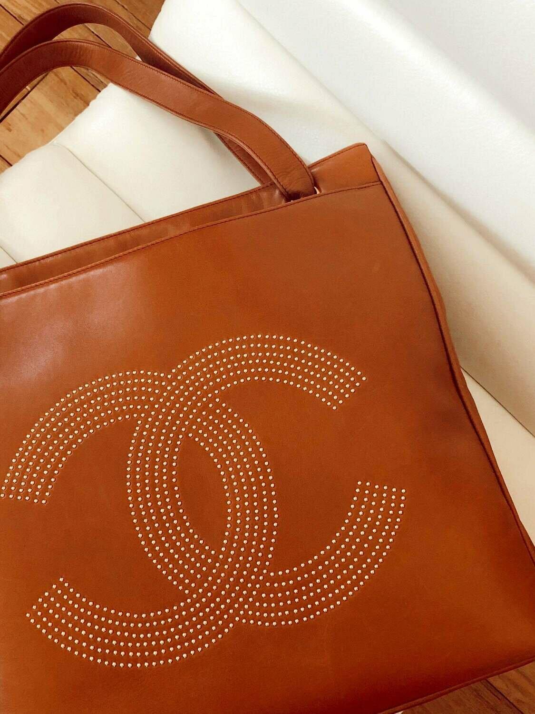 Vintage CHANEL XL Studded CC Monogram Logo Cognac Leather Shoulder Bag Tote Purse