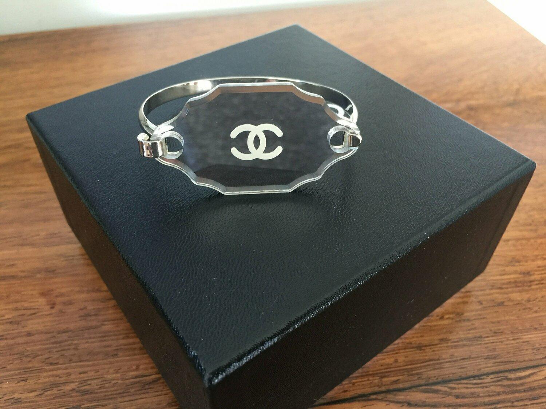 Vintage CHANEL CC Logo Mirror Victorian Style Glass Silver Bracelet Bangle Cuff France Fashion Jewelry